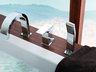 Nowoczesna łazienka z nowoczesnymi bateriami łazienkowymi.