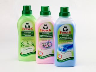 Zawsze świeże pranie dzięki naturalnym koncentratom do płukania marki Frosch!
