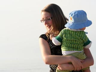 Prawo pracy dla karmiących matek.