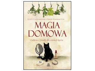 Magia Domowa wydawnictwa Illuminatio opisuje sposoby na magiczne zaklęcia i rytuały.