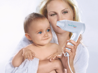 Suszarki do włosów Valera dla niemowląt i dzieci.
