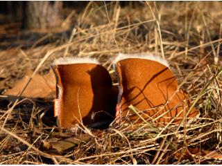 Buty ze owczej skóry futerkowej.
