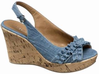 Nowa jeansowa kolekcja obuwia firmy Deichman'
