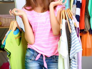 Jak wystawić używane ubranie na sprzedaż w internecie?
