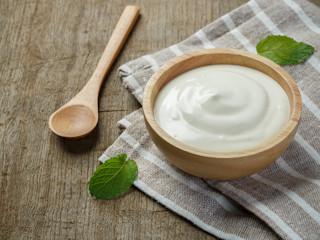 Pielęgnacja włosów jogurtem!