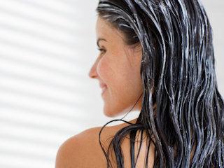 Poddaj swoje włosy gruntownej rekonstrukcji, przywróć im dawny blask i zdrowie