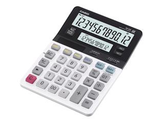 Oblicz podatek na dwóch wyświetlaczach z kalkulatorem Casio.