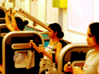 Jakie ćwiczenia? Aerobik czy siłownia?