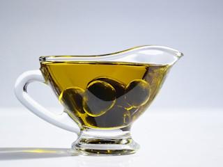 Drogocenny wpływ olejów.