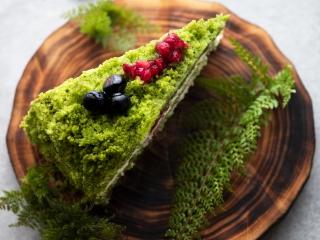 Ciasto szpinakowe - przepis kulinarny.