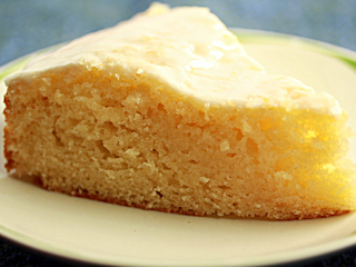 Przepis na błyskawiczne ciasto jogurtowo–cytrynowe Limmi.