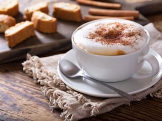 Kochasz cappuccino? Wybierz ekspres, który będzie ci je robił każdego ranka