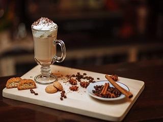 Idealna kawa – jak zrobić ją w domu?