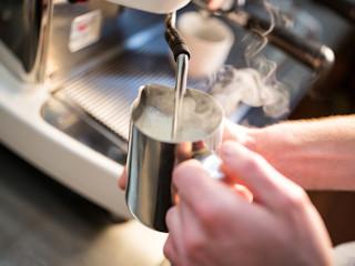 Spieniacz do kawy – dlaczego warto go mieć?