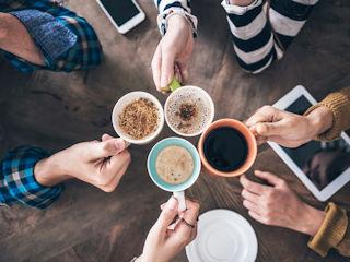 Uniwersalna kawa, która smakuje wszystkim – czy ją znasz?